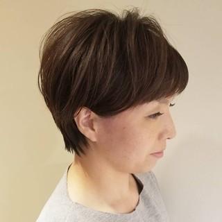 ナチュラル 似合わせ 色気 小顔 ヘアスタイルや髪型の写真・画像