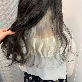 ガーリー インナーカラー インナーカラーグレージュ インナーカラーホワイト ヘアスタイルや髪型の写真・画像