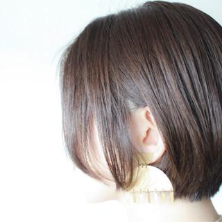 グレージュ ボブ シルバー グレー ヘアスタイルや髪型の写真・画像 ヘアスタイルや髪型の写真・画像