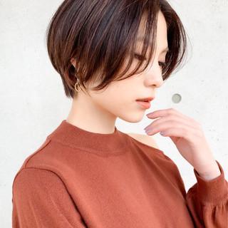 インナーカラー ショートヘア ショート 大人ハイライト ヘアスタイルや髪型の写真・画像