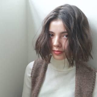 秋 ボブ ダブルカラー 外国人風 ヘアスタイルや髪型の写真・画像