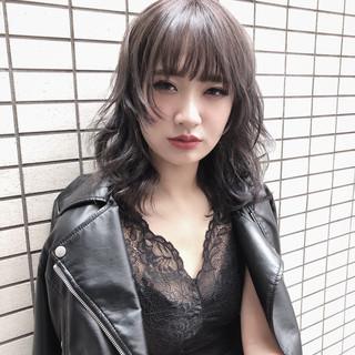 ヌーディベージュ ミディアム 外国人風カラー 外国人風フェミニン ヘアスタイルや髪型の写真・画像