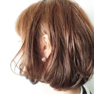 外国人風カラー ボブ グレージュ ナチュラル ヘアスタイルや髪型の写真・画像