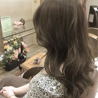 外国人風 グレージュ 外国人風カラー アッシュ ヘアスタイルや髪型の写真・画像