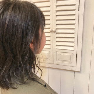 前髪あり デート オフィス パーマ ヘアスタイルや髪型の写真・画像