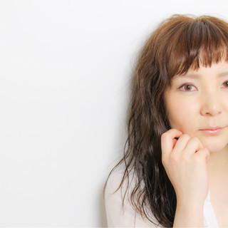 色気 フェミニン パーマ イルミナカラー ヘアスタイルや髪型の写真・画像