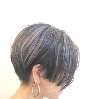 グレージュ ナチュラル バレイヤージュ グラデーションカラー ヘアスタイルや髪型の写真・画像