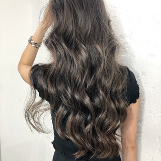 アウトドア デート 外国人風カラー エレガント ヘアスタイルや髪型の写真・画像 ヘアスタイルや髪型の写真・画像