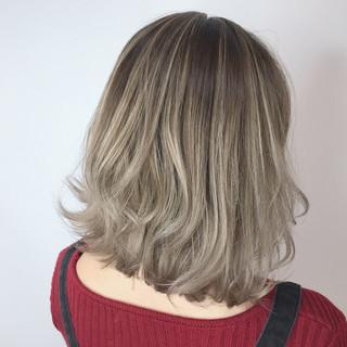 ブリーチカラー うる艶カラー デザインカラー 外国人風カラー ヘアスタイルや髪型の写真・画像