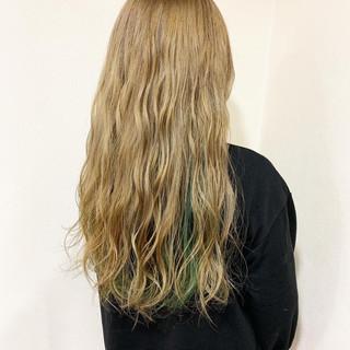 デート ロング モード ダブルカラー ヘアスタイルや髪型の写真・画像