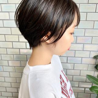 ナチュラル ショート ベリーショート インナーカラー ヘアスタイルや髪型の写真・画像