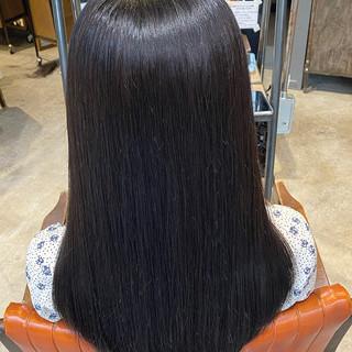 オリーブグレージュ 艶髪 暗髪女子 暗髪 ヘアスタイルや髪型の写真・画像