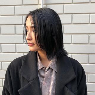 インナーカラー 黒髪 ナチュラル 外ハネボブ ヘアスタイルや髪型の写真・画像