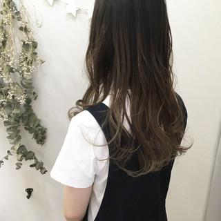 夏 ナチュラル グラデーションカラー レイヤーカット ヘアスタイルや髪型の写真・画像 ヘアスタイルや髪型の写真・画像