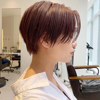 ショートボブ ショート モード アウトドア ヘアスタイルや髪型の写真・画像