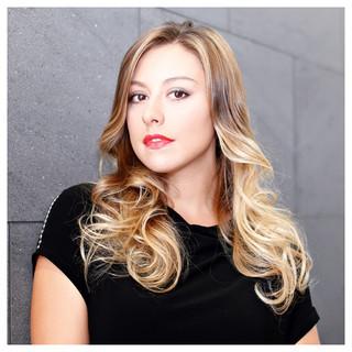 フェミニン グラデーションカラー コンサバ 外国人風 ヘアスタイルや髪型の写真・画像