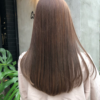 ミルクティーブラウン ミルクティー ミルクティーベージュ ダブルカラー ヘアスタイルや髪型の写真・画像