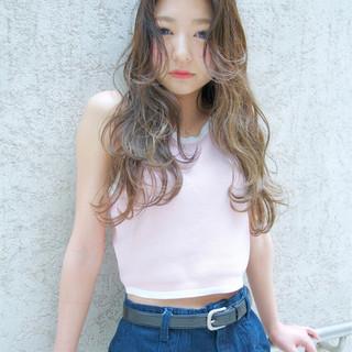 ストリート ロング 外国人風 レイヤーカット ヘアスタイルや髪型の写真・画像