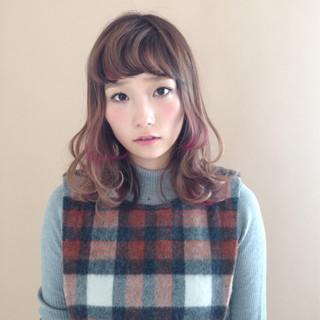 ミディアム ダブルカラー ローライト グラデーションカラー ヘアスタイルや髪型の写真・画像