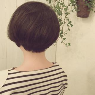 黒髪 くせ毛風 小顔 ショート ヘアスタイルや髪型の写真・画像 ヘアスタイルや髪型の写真・画像
