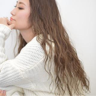 外国人風 簡単 大人かわいい ロング ヘアスタイルや髪型の写真・画像 ヘアスタイルや髪型の写真・画像