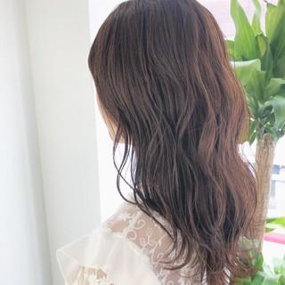 アッシュ ラベンダーアッシュ ナチュラル アンニュイほつれヘア ヘアスタイルや髪型の写真・画像