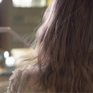 グラデーションカラー ミルクティーベージュ アッシュ グレージュ ヘアスタイルや髪型の写真・画像