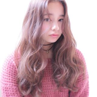 大人かわいい 冬 ロング ナチュラル ヘアスタイルや髪型の写真・画像