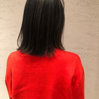 グレージュ ナチュラル アッシュグレージュ ブルージュ ヘアスタイルや髪型の写真・画像