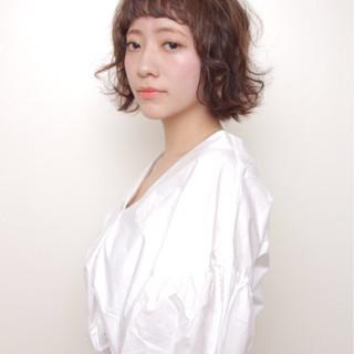 色気 ナチュラル オン眉 ワイドバング ヘアスタイルや髪型の写真・画像
