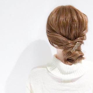 簡単ヘアアレンジ 上品 デート オフィス ヘアスタイルや髪型の写真・画像