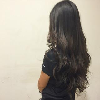 アッシュ 暗髪 外国人風 ガーリー ヘアスタイルや髪型の写真・画像