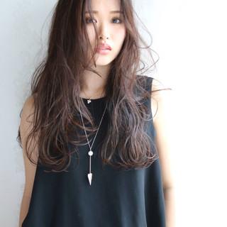 ニュアンス 暗髪 ロング 黒髪 ヘアスタイルや髪型の写真・画像 ヘアスタイルや髪型の写真・画像