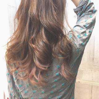 外国人風カラー セミロング 外国人風 オフィス ヘアスタイルや髪型の写真・画像