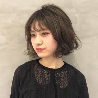 フェミニン 簡単ヘアアレンジ デート ボブ ヘアスタイルや髪型の写真・画像