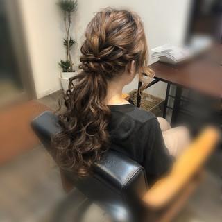 ローポニーテール ローポニー フェミニン ロング ヘアスタイルや髪型の写真・画像