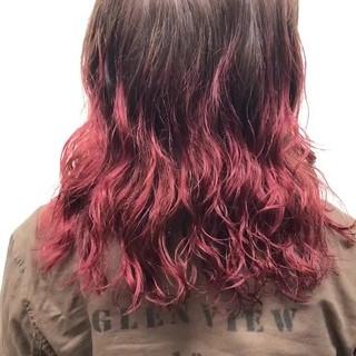 ブリーチ ストリート ダブルカラー レッド ヘアスタイルや髪型の写真・画像