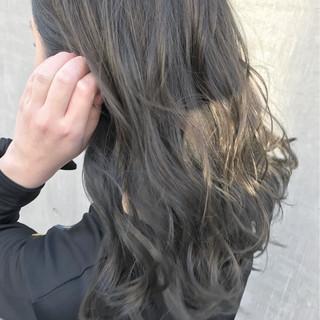 透明感 ミディアム 大人かわいい ナチュラル ヘアスタイルや髪型の写真・画像 ヘアスタイルや髪型の写真・画像