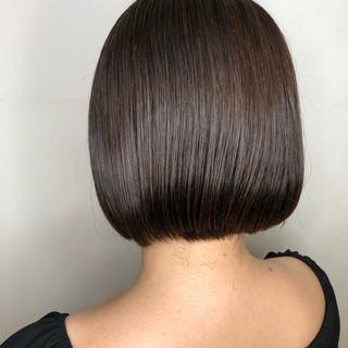 アッシュグレージュ アッシュグレー 暗髪 グレーアッシュ ヘアスタイルや髪型の写真・画像