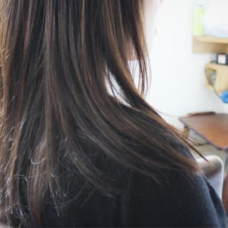 ブルージュ アッシュグレージュ ブルーアッシュ ロング ヘアスタイルや髪型の写真・画像