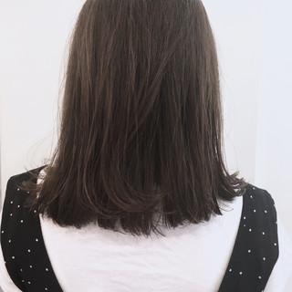 抜け感 アッシュ ナチュラル 前髪あり ヘアスタイルや髪型の写真・画像