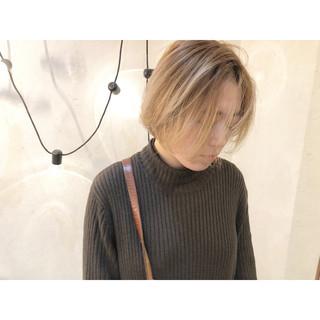 ミルクティーグレージュ ミルクティーベージュ ショート 小顔ショート ヘアスタイルや髪型の写真・画像