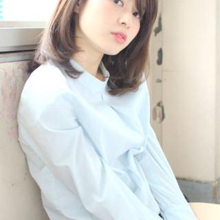 暗髪 ストレート ミディアム 大人かわいい ヘアスタイルや髪型の写真・画像