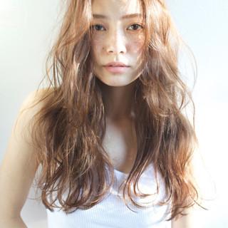 大人かわいい ゆるふわ 外国人風 パーマ ヘアスタイルや髪型の写真・画像 ヘアスタイルや髪型の写真・画像