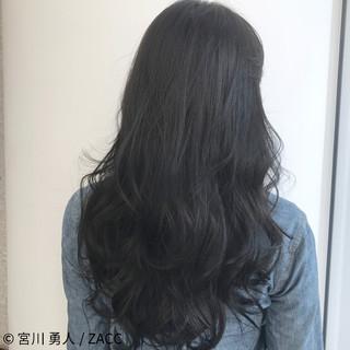 アッシュ フェミニン ロング ハイライト ヘアスタイルや髪型の写真・画像