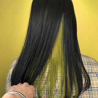 ロング ガーリー インナーカラー ハニーイエロー ヘアスタイルや髪型の写真・画像