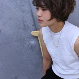 ショート 色気 ナチュラル 前髪あり ヘアスタイルや髪型の写真・画像