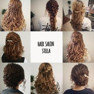 フェミニン ハーフアップ セミロング 編み込み ヘアスタイルや髪型の写真・画像