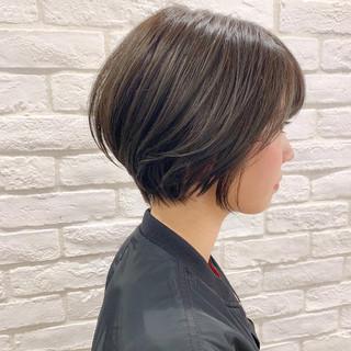 ショート ナチュラル オフィス デート ヘアスタイルや髪型の写真・画像