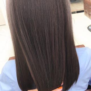 大人かわいい オフィス アッシュ セミロング ヘアスタイルや髪型の写真・画像